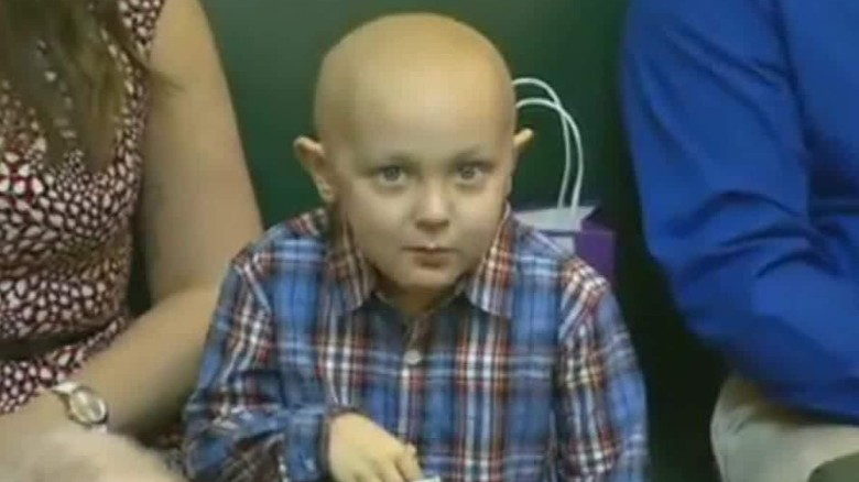 Dying boy wants to be famous in China
