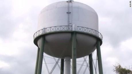 u.s. water crisis concerns brockovich cnni nr intv _00012130