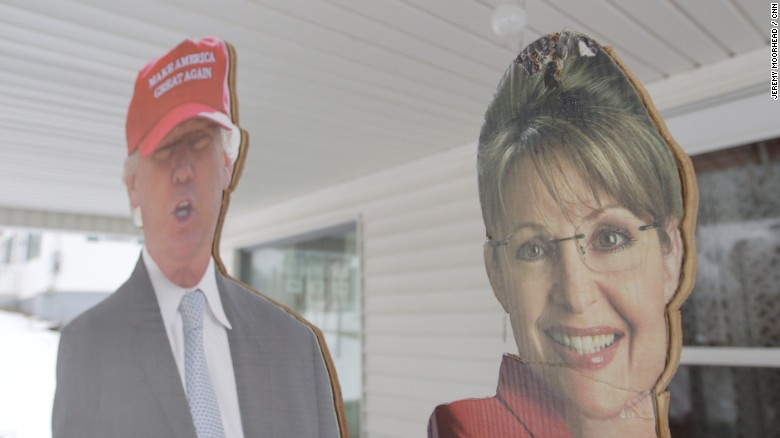 2016: Two Neighbors - Two Parties outside New Hampshire