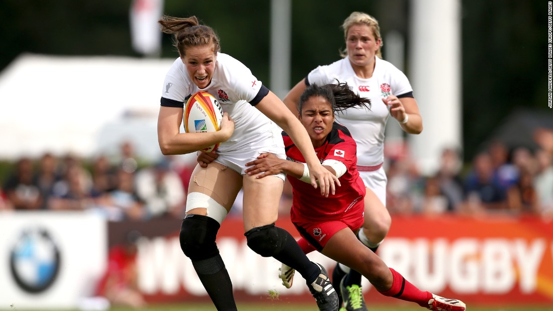 Scarratt scored 16 points as England beat Canada 21-9 in the 2014 World Cup final in France, including a decisive late try.