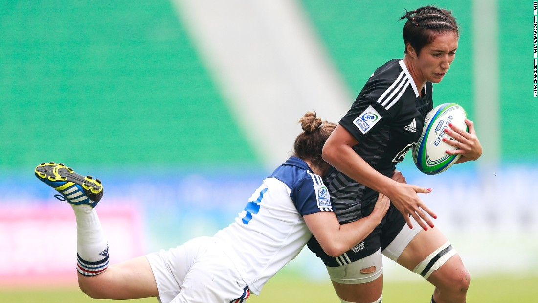 """We always have a good little battle at kickoff time, that's something I look forward to when I play against her,"" Scarratt says of the 23-year-old New Zealand captain. ""She's a seriously tough forward."""