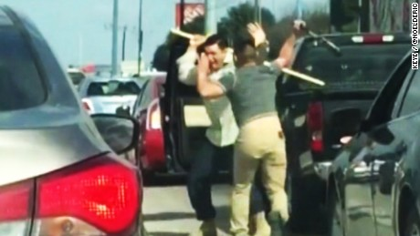 Road rage fight goes viral pkg_00002310