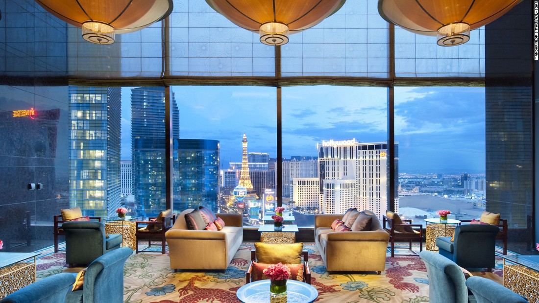 Visitors who choose the Mandarin Oriental, Las Vegas have access to amazing views of the Strip from its 47-story tower. Though the hotel doesn't offer gaming, there's plenty to keep a guest busy in the way of fine dining and spa treatments.