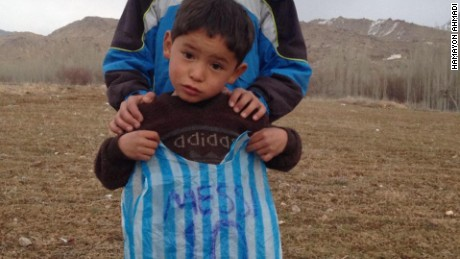 Young Lionel Messi fan wearing plastic bag jersey found in Afghanistan