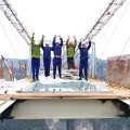 05 Zhangjiajie glass bridge construction 0127