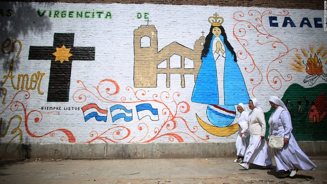 Pope Francis is a source of pride among Buenos Aires locals. Two papal tours, both free, are on offer in his hometown. The modest house where he was born, his kindergarten and the house where he grew up are included.