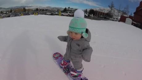 toddler sloan henderson snowboards vo_00002329