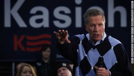 DAVENPORT, IA - JANUARY 27:  Republican presidential candidate and Ohio Gov. John Kasich speaks to voters during a town hall style meeting at River Music Experience in Davenport, Iowa. (Photo by Alex Wong/Getty Images)