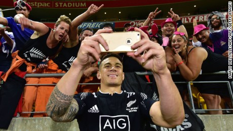 Wellington Sevens: Sonny Bill Williams learns lessons in dramatic NZ victory