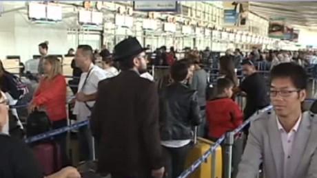 zika virus impacts travel industry _00014213