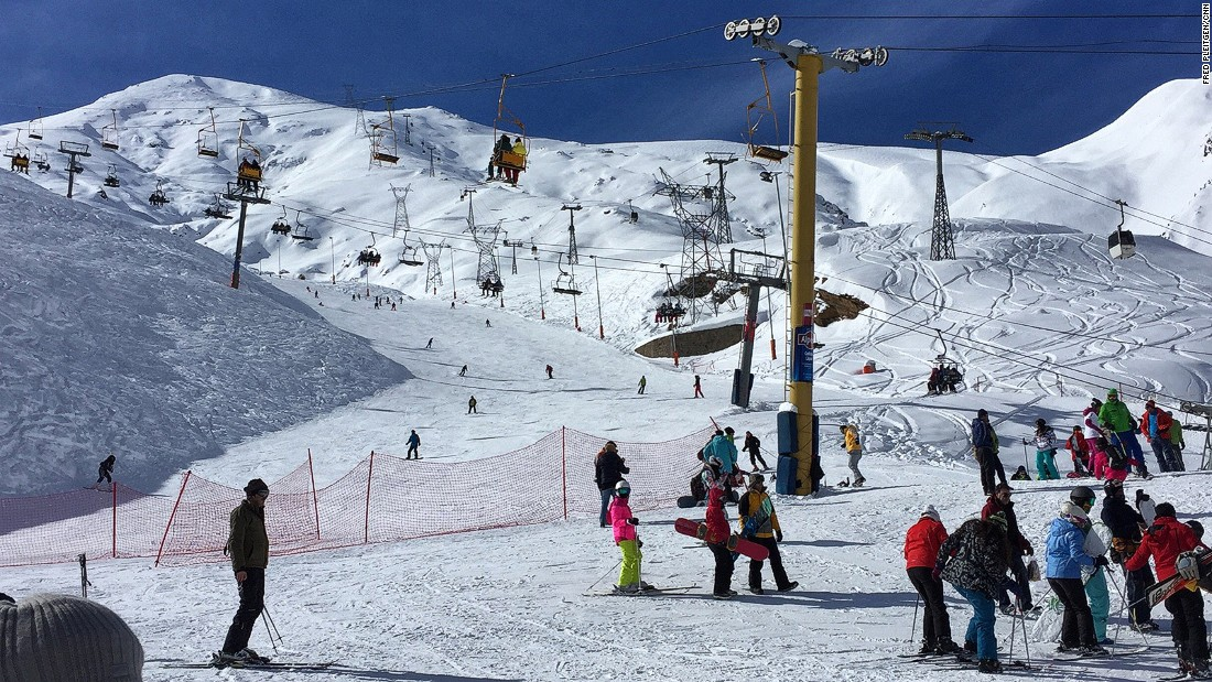 Darbandsar is one of the largest and most modern ski resorts in Iran. Run by private investors, it tries to offer facilities to match those on offer in Europe or America.
