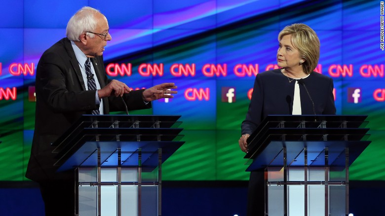 Sanders questions Clinton's progressive credentials
