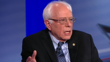 Sanders: Clinton can't be 'moderate' and 'progressive'