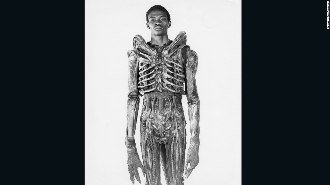 """Badejo returned to Nigeria where he opened an art gallery some years later. He died  from sickle cell disease in 1992. (Image: courtesy<a href=""""http://www.mikesibthorp.com/"""" target=""""_blank""""> Mike Sidthorp</a>.)"""