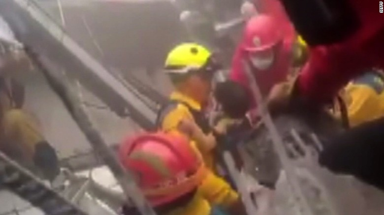 Children pulled from earthquake rubble