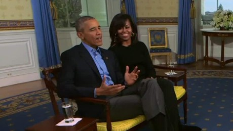 obamas talk super bowl nr_00004330