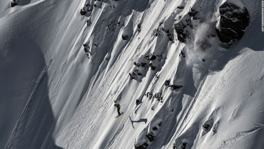 "American Martin Lentz skis the wild face of the Aiguille Pourrie during the Freeride World Tour's stop in Chamonix, France, on Friday, February 5. <a href=""http://www.cnn.com/2016/02/02/sport/gallery/what-a-shot-sports-0202/index.html"" target=""_blank"">See 29 amazing sports photos from last week</a>"