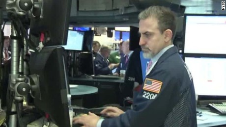 us stocks sink in early trading shellady _00031605.jpg