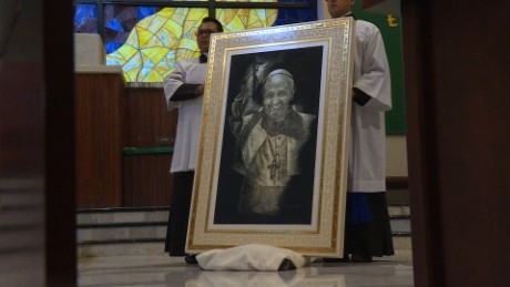 cnnee pkg rey rodriguez viaje pastoral de francisco en mexico _00002121
