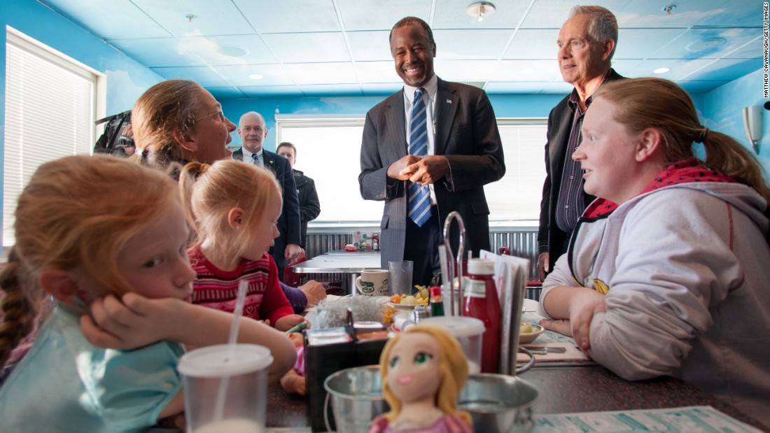 Republican presidential candidate Ben Carson speaks to patrons at a diner in Manchester, New Hampshire, on Sunday, February 7.