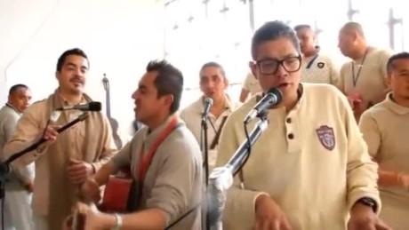 cnnee himno al papa francisco reos_00041013