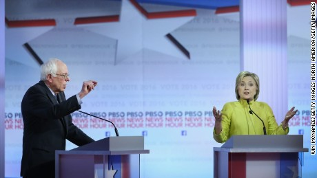 Clinton, Sanders battle for votes in Nevada, S.C.