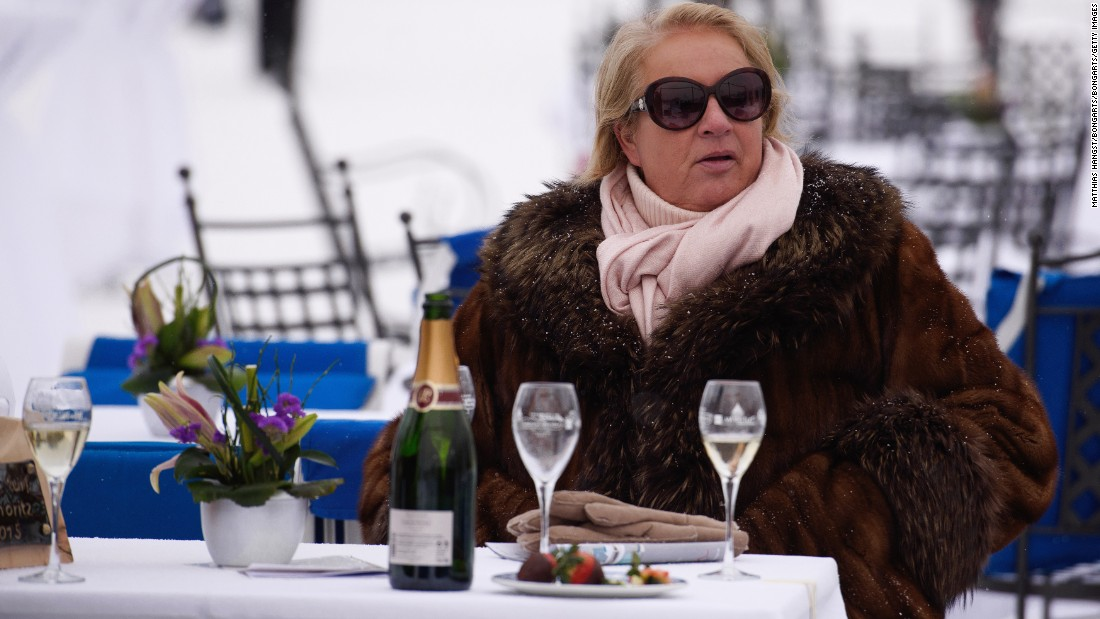 The champagne is always on ice for spectators, who are kept occupied by White Turf's gourmet catering, art exhibitions, funfair and live music -- when their attention is not turned to the race track.