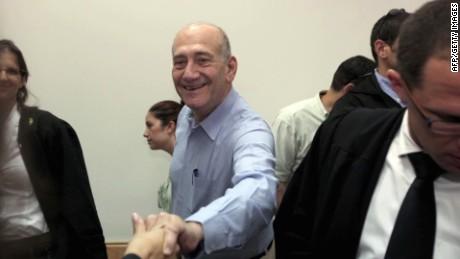 Former Israeli Prime Minister to serve sentence for bribery