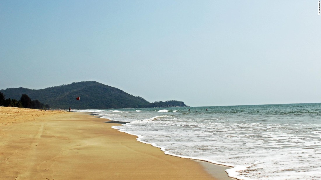 "India's Agonda Beach is ""super peaceful"" and a ""great beach if you're looking to chill,"" reviewers say."