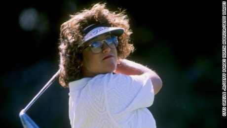 Kerr made the amateur 1996 U.S. Curtis Cup team and turned pro later that year, aged 18.