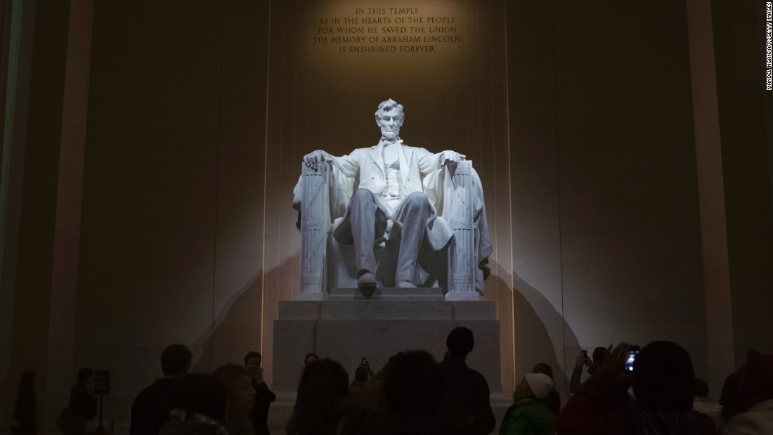 "The Lincoln Memorial, on the National Mall in Washington, came in at fourth place with 7.9 million visits last year. <a href=""http://www.cnn.com/2016/02/16/travel/lincoln-memorial-refurbishment/"">The National Park Service announced in February that financier and philanthropist David Rubenstein</a> donated $18.5 million to help restore the memorial."
