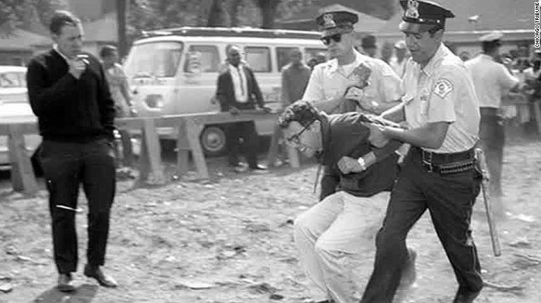 Photo of Bernie Sanders' 1963 arrest surfaces