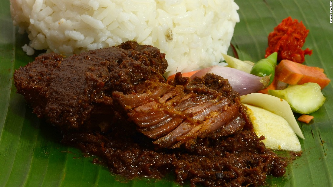 Perhaps Padang's most famed curry, rendang's secret is in the gravy, which wraps around the beef for hours until, ideally, it's splendidly tender.