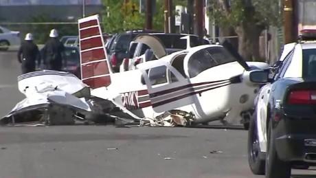 small plane street crash landing caught on camera pkg_00003927