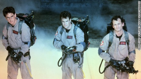 15 November 2013 © Sony Pictures Home Entertainment. Titles: Ghostbusters. Names: Dan Aykroyd, Bill Murray, Harold Ramis. Characters: Dr. Peter Venkman, Dr. Egon Spengler. Still of Dan Aykroyd, Bill Murray and Harold Ramis in Ghostbusters (1984). Released 8 JUNE