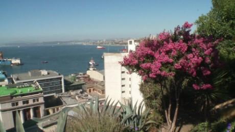 cnnee pkg jose rodriguez turismo y belleza de valparaiso _00021711