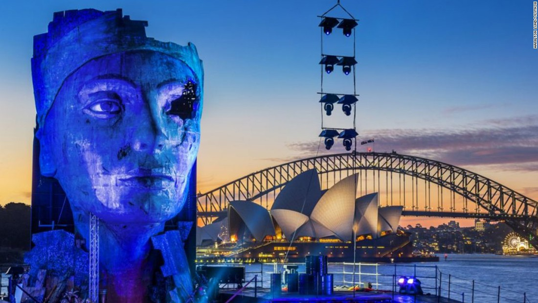 "Not all of Sydney's great performances take place indoors. <a href=""https://opera.org.au/whatson/events/turandot-on-sydney-harbour?gclid=CM60tJXClMsCFQF_vQodcUsNtg"" target=""_blank"">Handa Opera</a> uses the modern Sydney skyline as its natural backdrop. Shows take place several nights a week in March and April."
