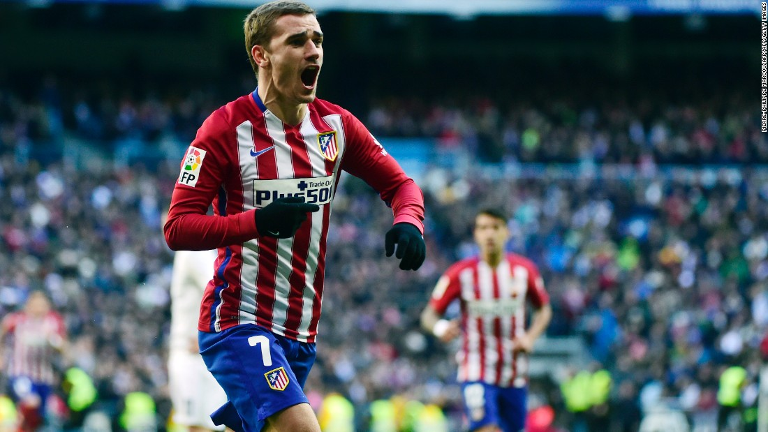 Atletico Madrid's French forward Antoine Griezmann celebrates scoring against Real Madrid Saturday.