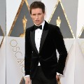 oscars red carpet 2016 Eddie Redmayne