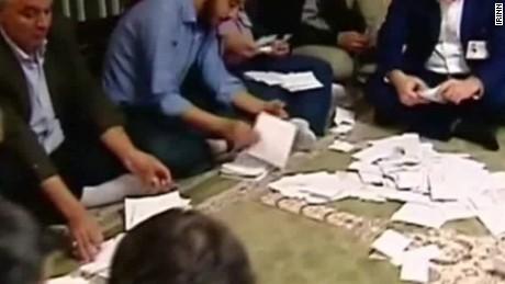 reformists win big in iran election pleitgen_00012322