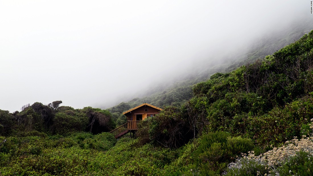 The accommodation huts all have grand views over the Indian Ocean coastline.