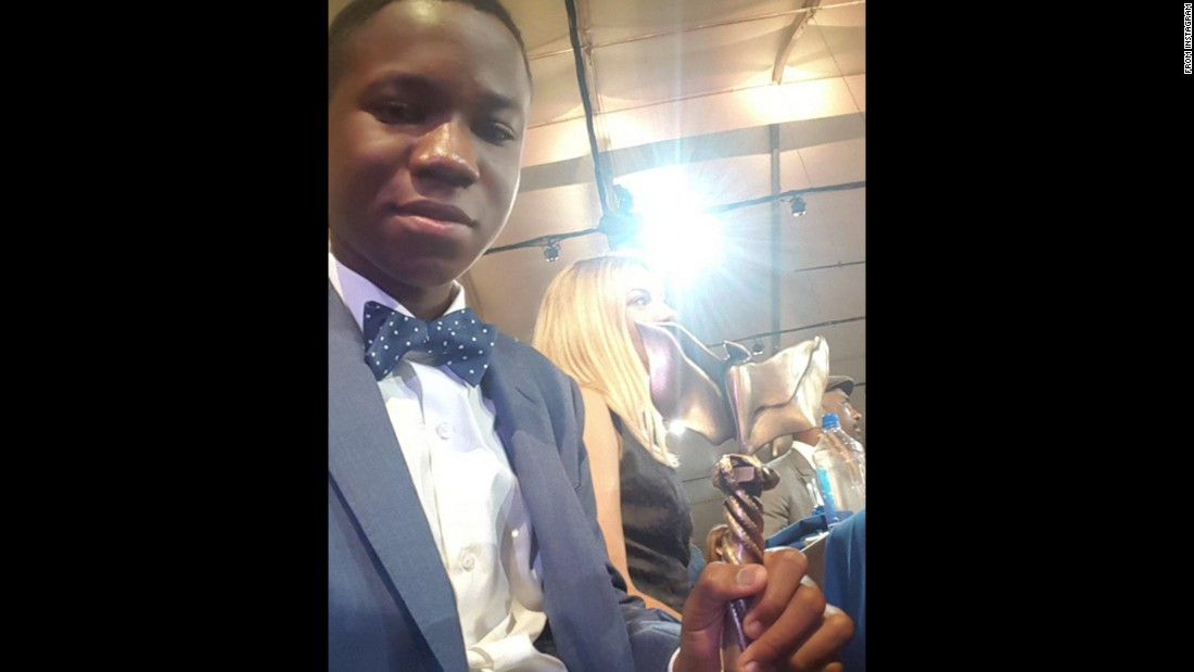 "Actor Abraham Attah <a href=""https://www.instagram.com/p/BCUBoYOjvKP/"" target=""_blank"">holds the Independent Spirit Award</a> that he won on Saturday, February 27. He won best male lead for his role in ""Beasts of No Nation."""