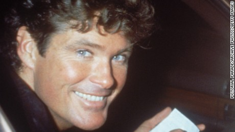 American actor and singer David Hasselhoff, star of TV series 'Knight Rider' signing an autograph for a fan, mid 1980s.  (Photo by Pictorial Parade/Archive Photo/Getty Images)