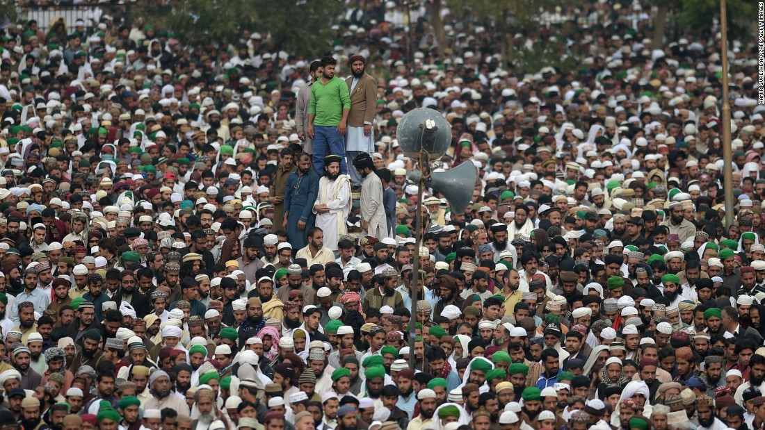 Supporters of Qadri gather in Rawalpindi on March 1, 2016.