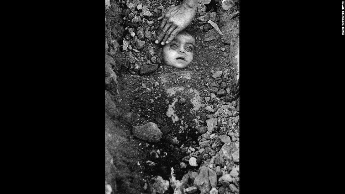 "<strong>The Bhopal incident:</strong> The unknown child pictured here has become the icon of a terrible accident that took place in Bhopal, India, at the Union Carbide pesticide plant on December 2, 1984. Known as the world's <a href=""http://www.theatlantic.com/photo/2014/12/bhopal-the-worlds-worst-industrial-disaster-30-years-later/100864/"" target=""_blank"">worst industrial disaster,</a> the Bhopal incident involved the release of several poisonous gases and led to an estimated 15,000 deaths."