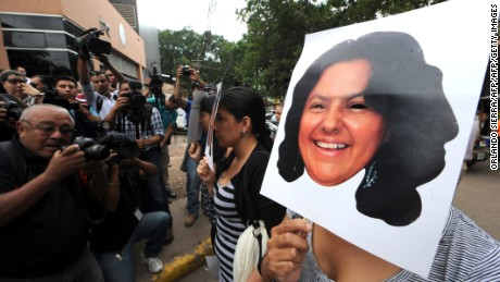 Activists protest against the murder of environmental activist Berta Caceres, in La Esperanza, 200 km northwest of Tegucigalpa, on March 3, 2016. Indigenous activist Berta Caceres, a respected environmentalist who won the prestigious Goldman Prize last year for her outspoken advocacy, was murdered in her home Thursday, her family said.  AFP PHOTO /ORLANDO SIERRA / AFP / ORLANDO SIERRA        (Photo credit should read ORLANDO SIERRA/AFP/Getty Images)
