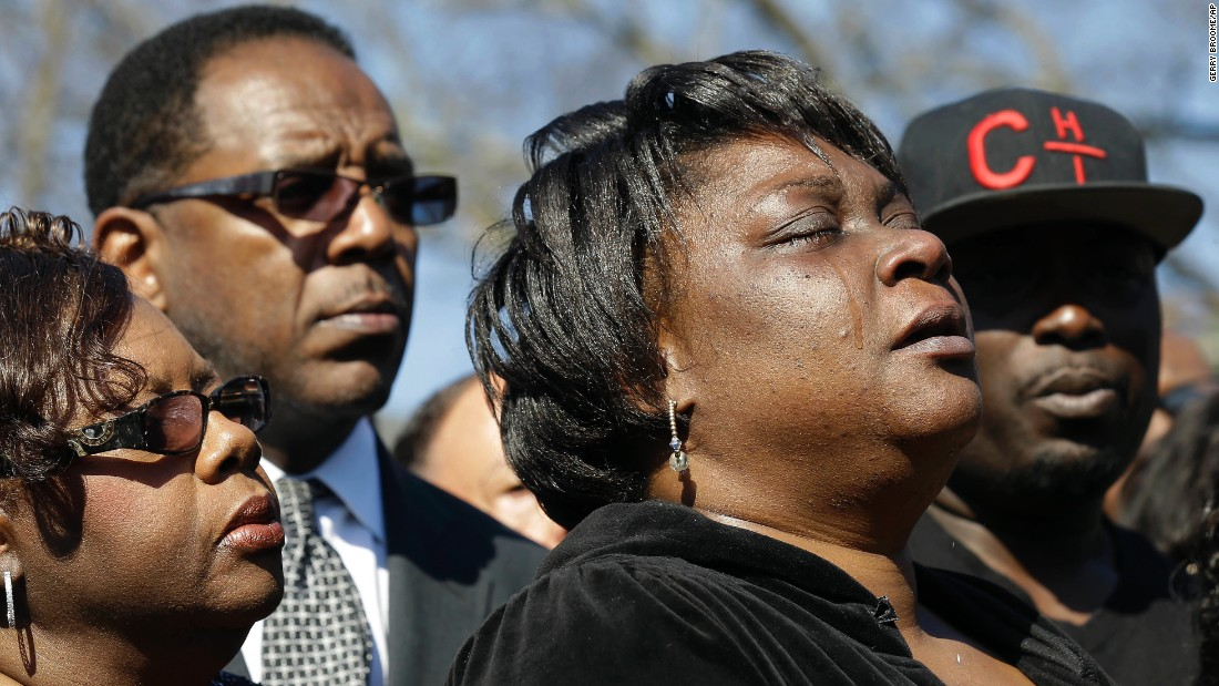 "Rolanda Byrd, the mother of Akiel Denkins, cries Tuesday, March 1, during a news conference held near the scene of his fatal shooting in Raleigh, North Carolina. Denkins, a 24-year-old wanted for a felony drug charge, <a href=""http://www.cnn.com/2016/03/01/us/raleigh-police-shooting-naacp/"" target=""_blank"">was shot the day before by a Raleigh police officer,</a> authorities said. The officer has been placed on administrative duty pending the results of the state's investigation."