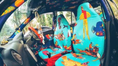 cnnee money pkg mumbai remodelacion taxi fabric_00002819