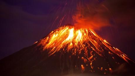 ecuador volcano eruption zc vstan orig _00000000