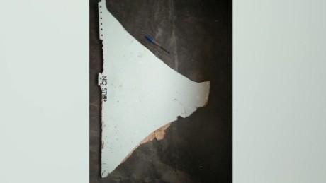 malaysia mh370 debris saima mohsin lok_00001503